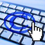 Una sentencia del TSJCE permite solicitar medidas cautelares contra proveedores de internet para evitar el acceso a contenidos protegidos por derechos de propiedad intelectual