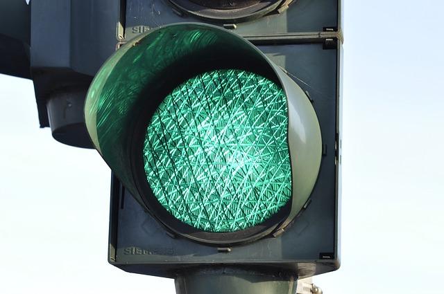 traffic light 876061 640