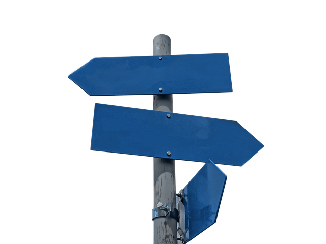 signpost 2030780 640